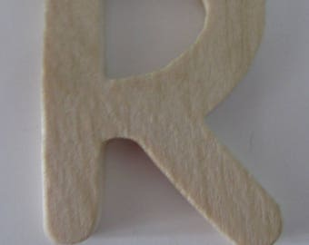 "Made of wood to decorate, customize - representing the letter ""R"" - 4.5 cm x 7 cm"