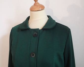 Fashionable knitted emerald green coat