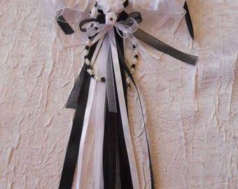 /Noire white satin wedding garter