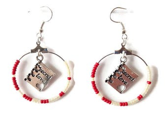 These book earrings red and white seed beads
