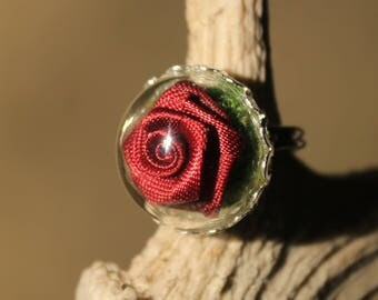 """Pink red Globe"" bucolic, Adjustable ring"