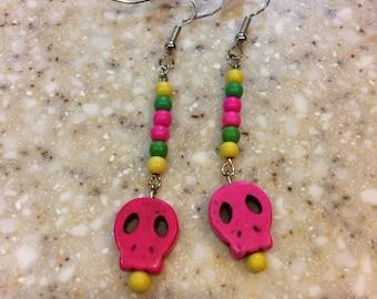 skull earrings (pink)