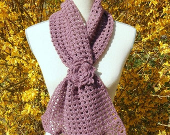 Purple crochet scarf and his little flower