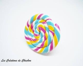 Multicolored lollipop ring baroque support