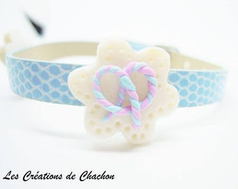 Flower power blue polymer clay bracelet