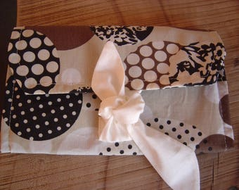 Wallet in Brown fabric and polka dot patterns