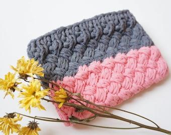 Fabric Chunky Knit Crochet Clutch Bag, Knitted Bag, T Shirt Yarn Bag, Spring Clutch Bag, Boho Handbag, Festival Bag, Hand knit Clutch