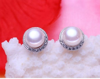 8mm Sterling Silver Freshwater Pearl Cubic Zirconia Stud Earrings Gift Box