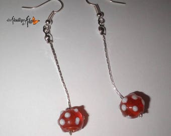 00414 - Serpentine earrings Pearl orange white polka dots.