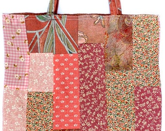 Pink patchwork shopping bag, fully reversible, made from vintage upcycled fabrics.