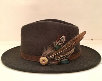 Feather & Cartridge Hat Pin or Brooch - Green