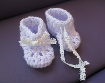 Purple baby booties 0-3 month baby