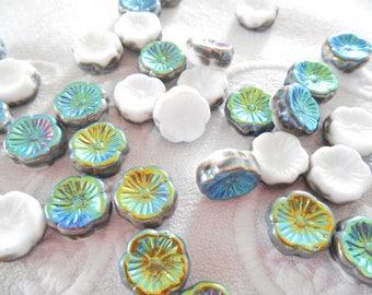 x 2 flower 12 mm white and iridescent Czech glass beads bronze, green.