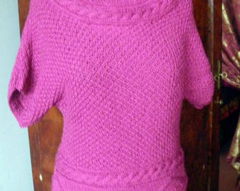Irish neck cable knit sweater Fuchsia pink
