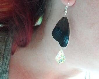 Chiaroscuro earring Butterfly wing
