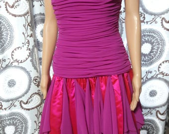 Louis Feraud Size 8 Ruched Bodice Dress Made in Germany