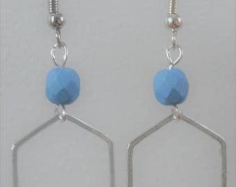Earrings Pearl blue and silver graphic