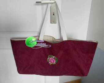 Pink bag to knit or embroidered book
