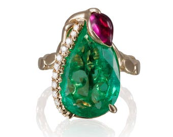 8.51ct Colombian Emerald 18 KT Yellow Gold Ring GIA certified