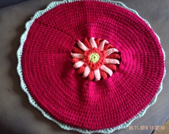 Pink floral zinia chair cushion in wool