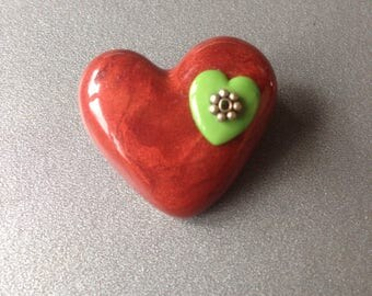 Little heart brooch made with polymer clay and nicely decorated