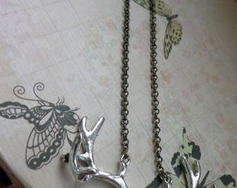 deer skull necklace