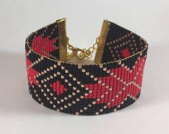 Bracelet weaved in pearls miyuki diamonds