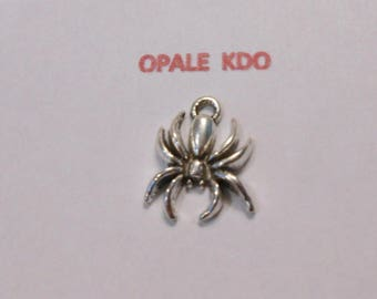 Metal spider pendant charm silver 2 x 1.5 cm