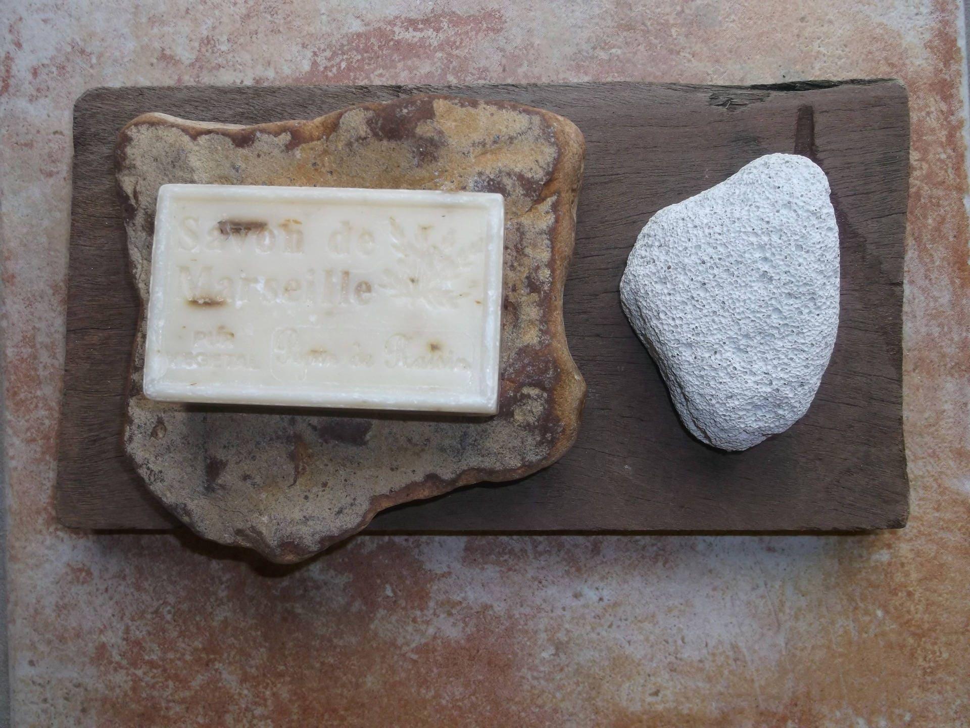 Porte savon bois flott pierre ponce naturelle et galet for Traitement bois flotte