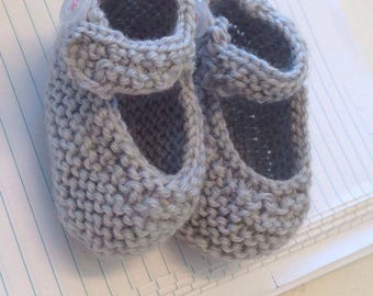 Knitted baby Mary Jane bootees