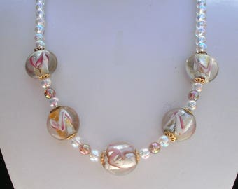 39 - Collier mariage transparent Lampwork Glass, Tulip flower beads