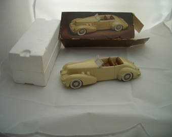 Vintage Avon 1937 Ceramic CORD