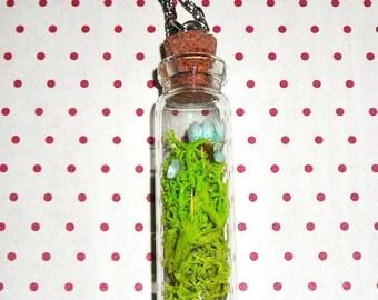 Necklace vegetable vial (bottle necklace)