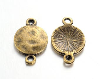 2 round bronze connectors 18 mm