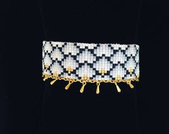 Cuff bracelet woven Miyuki beads and drops gold - black gray white and gold