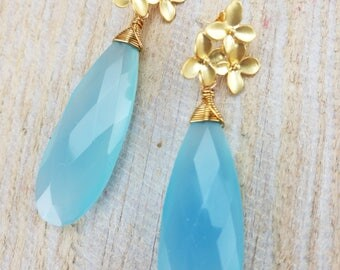 Light blue chalcedony earrings with gold plated findings and flowers, Bridal, summer earrings, Wedding gift, Gift for her, dangle earrings