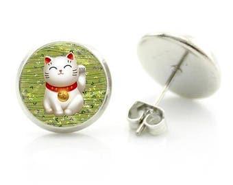Mini Earrings Maneki Neko cat giving welcome green swinging Paw