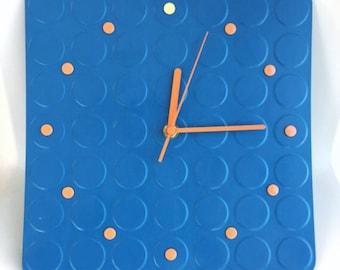 Spot Clock Blue