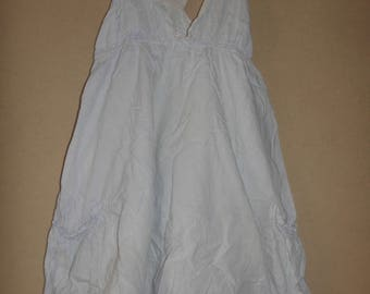 White tunic / blue