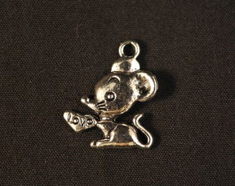 Mouse with inscription love charm in silver color heart