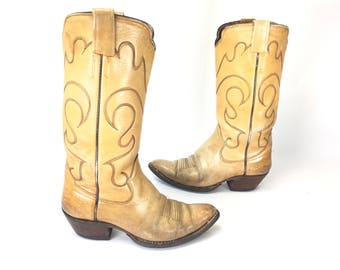 Size 10 M - 1970's Womens Stewart Boots Co Cowboy Western Boots Brown Lesther Scalloped Tops