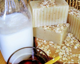 Goats milk soap, soap with honey, soap with oats, unscented soap, soap with olive oil, soap for excema, creamy soap, moisturizing soap