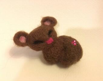 Woollen bear brooch