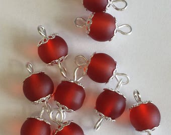 5 connectors 8mm frosted red glass beads