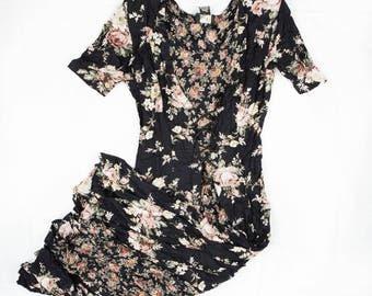 Vintage Floral Lace Up Dress