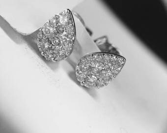 18K Tear Drop white gold diamond earring studs