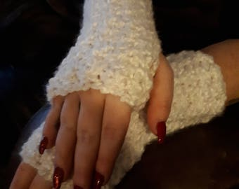 Wristwarmers/fingerless gloves