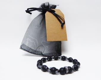 Beaded bracelet Black matt with arrow pattern/bracelet line 01