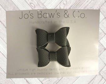 Baby Hairbow clips- Baby Girl headband - hair bows - Baby Bows - hair bows for babies- baby hair bows-Leather hair bows