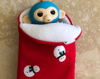 Fingerlings Finger Monkey red snowman sleeping bag accessory